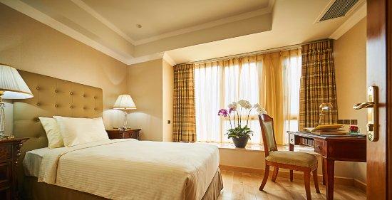 โรงแรมเชอร์วูดเรสซิเดนซ์