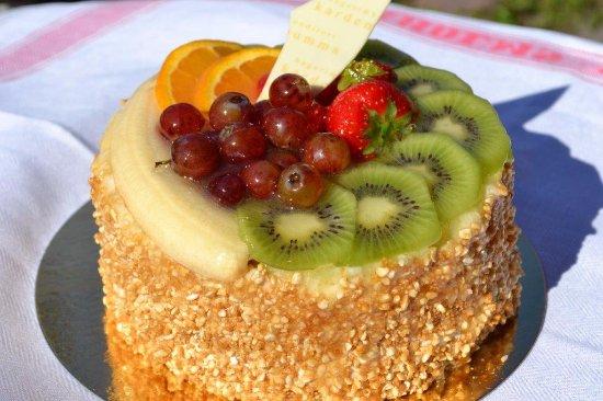 Bageri Kardemumma i Enebyberg: Mandel fri frukttårta