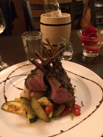 Kingsville, Canada: Rack of lamb and stuffed sole