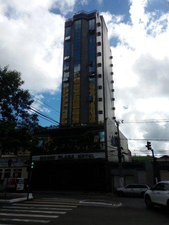 Maxim Plaza Hotel: Hotel Maxim por fora