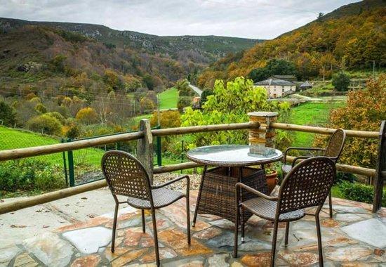 Hotel Oscos: nucleo de turismo rural santaeufemia