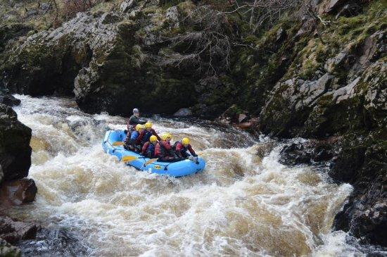 Forres, UK: Rafting