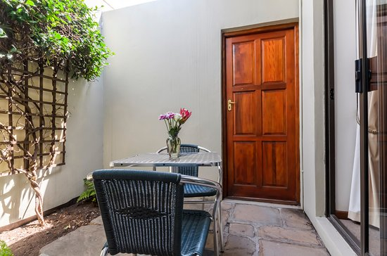 Pool - Picture of Admirals Lodge Guest House, Summerstrand - Tripadvisor