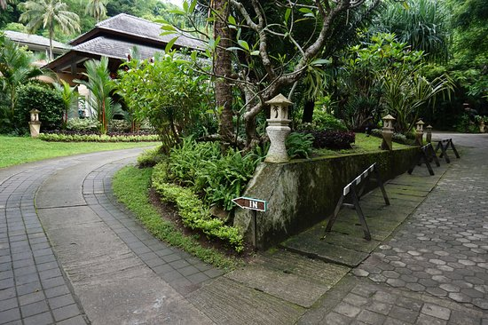 Kebun Villas & Resort: Entrance