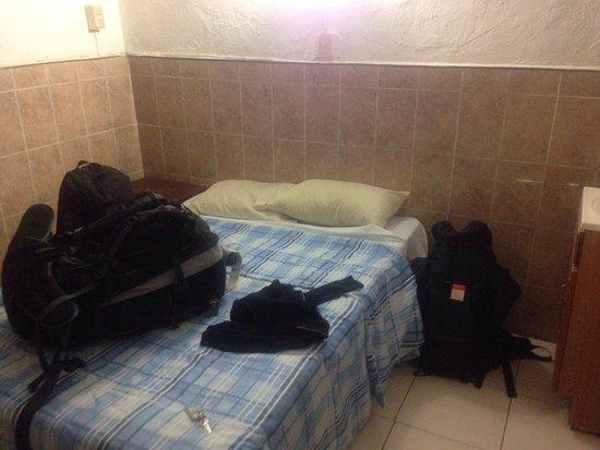 Meridano Bed & Breakfast : Tiny double room