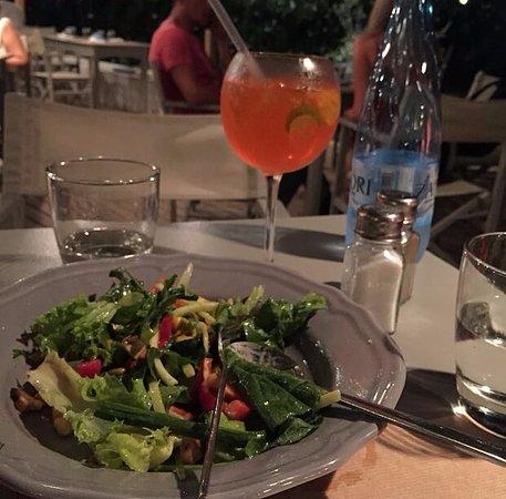 Antiparos Town, Grecia: φαγητό