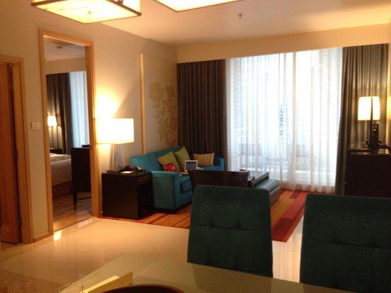 The Empire Place Condo: One Bedroom Superb Accomodation