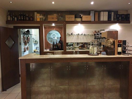Ristorante ristorante maria in l 39 aquila con cucina - Mobile bar taverna ...