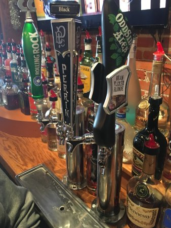 Edmore, MI: 13 Beers on Draft!