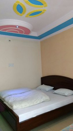 Ghangaria, India: Double Bed Deluxe Room