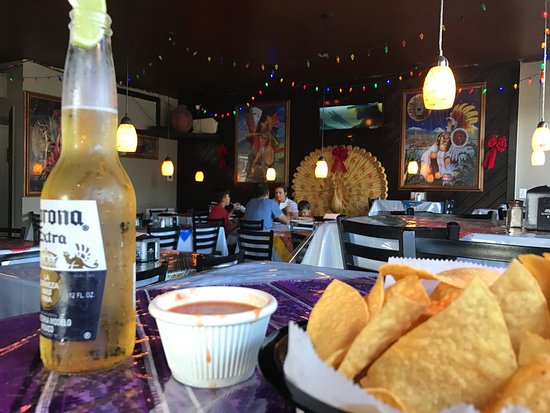 Indiantown, FL: Dining room at Guatemex
