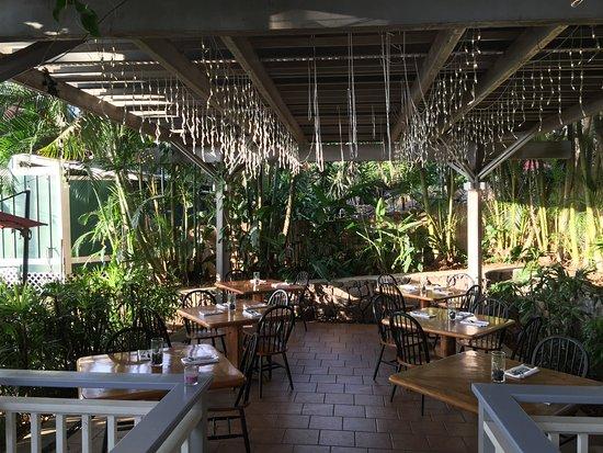 Holualoa, Hawái: One of many dining areas