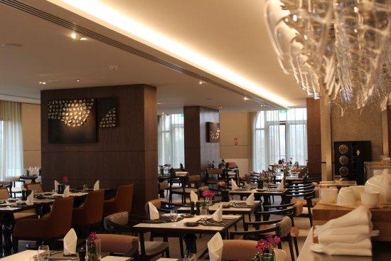 Woluwe-Saint-Lambert, België: Salle de restaurant