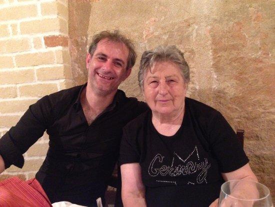 Prevessin Moens, Frankrijk: Chez la Locanda on trouve la convivialité de famille et de la bonne et saine nourriture😍