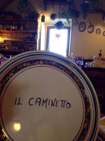 Rocca di Cambio照片