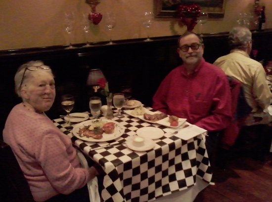 Potomac, MD: Sue and Fred enjoy a romantic dinner!