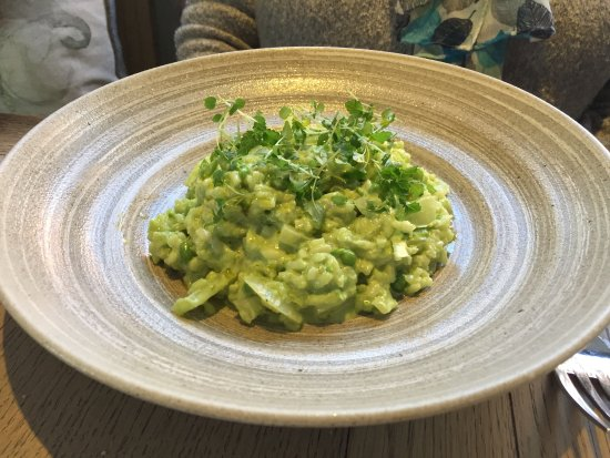 Hadleigh, UK: Pea, lemon & fennel risotto
