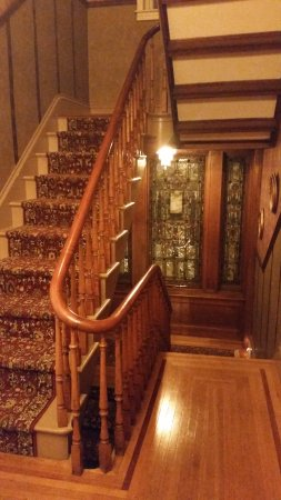 Emigsville, PA: Beautiful Staircase & Flooring from 2nd Floor