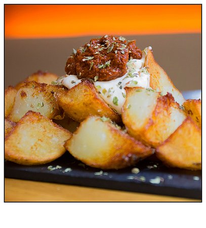 Gilda by Belgious : Patatas Bravas with Belgian gastronomy twist ;-)