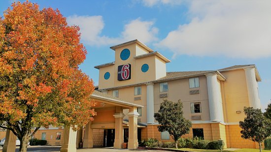 Motel 6 Temple