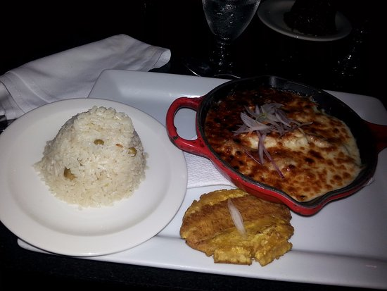 Le Restaurant à La Carte La Casserole Haïtienne Très Bon