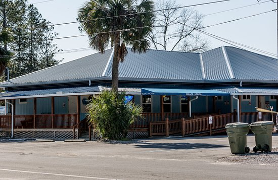 Lynn Haven, FL: Blue Moon Bar & Grill