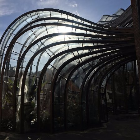 Whitchurch, UK: Glass house