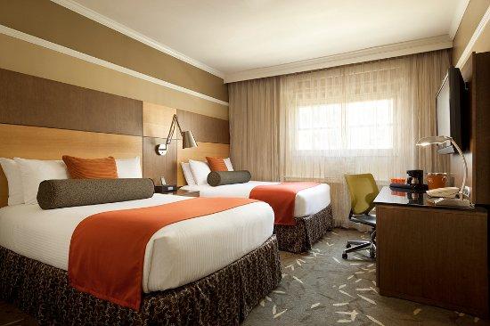 Hotel Abri Photo