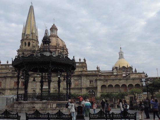 Hotel Casino Plaza: Desde la Plaza