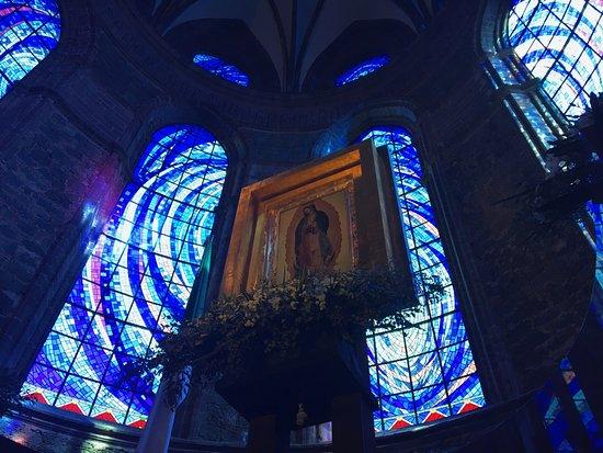Zamora de Hidalgo, المكسيك: Hermosos vitrales