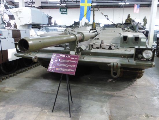 Musée des blindés : Swedish Stridsvagn 103 'S-Tank'
