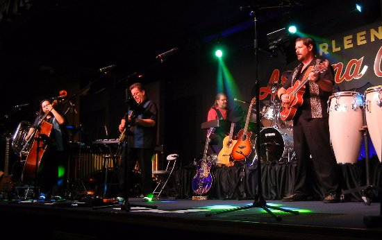 Apache Junction, AZ: That Old Time Rock 'n' Roll Show