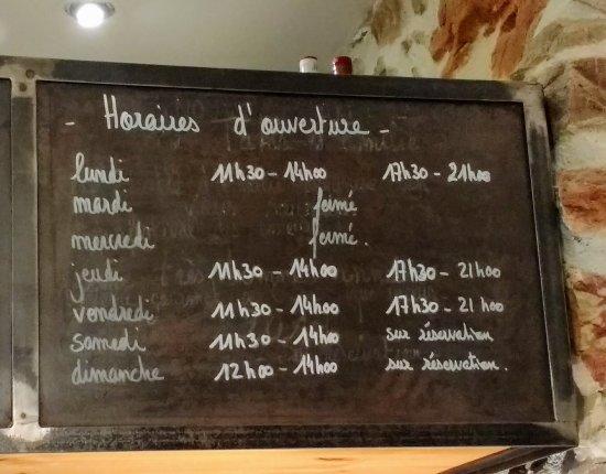 Caunes-Minervois, فرنسا: La Table d'Emilie