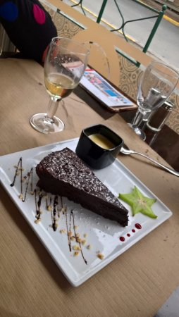 Le Grand-Village-Plage, Frankrike: dessert moelleux au chocolat