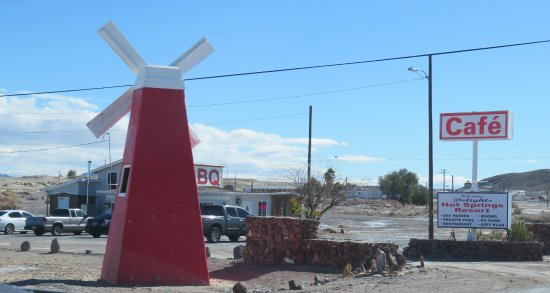McNeals BBQ, Tecopa Springs, CA