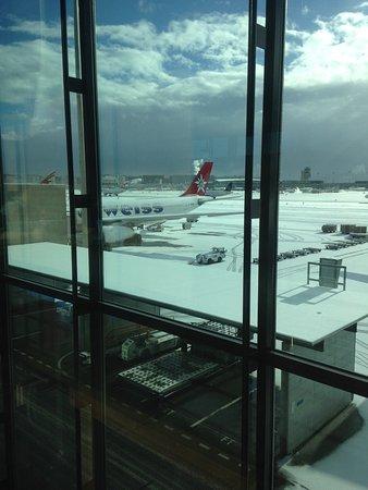 Edelweiss Air: Photo du départ. De Zurich avec la neige et photos à La Havane départ aussi le soir du retour