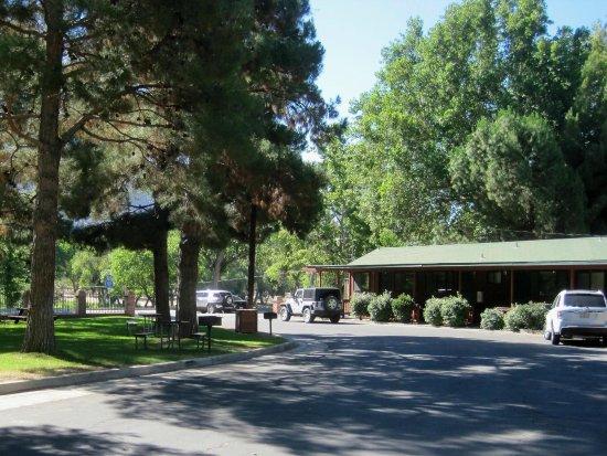 Kernville Inn ภาพถ่าย
