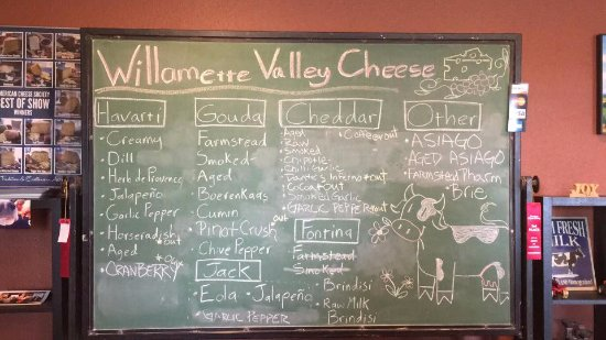 Salem, OR: Cheese board the day we visited