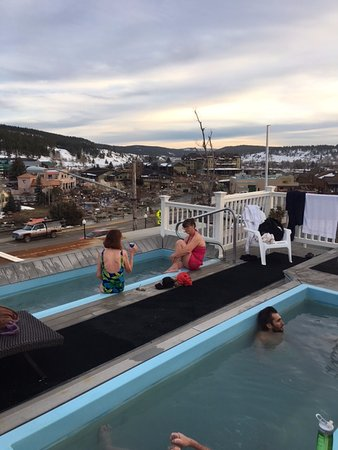 Pagosa Springs, CO: Roof top tub