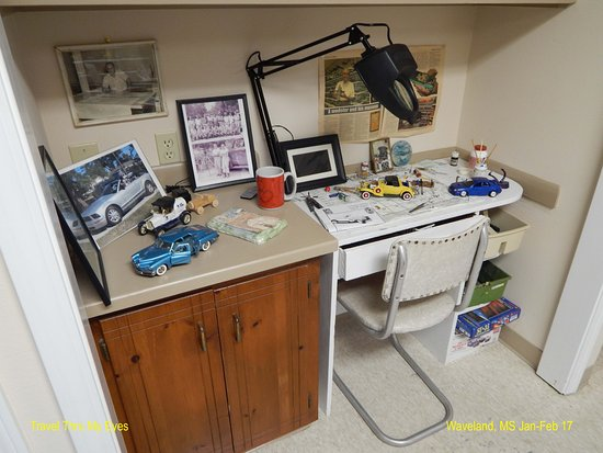 Waveland, MS: The model building desk of T.F. Monti