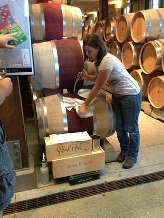 Rutherford, CA: Tasting directly from barrel