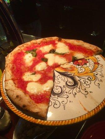Tony's Pizza Napoletana照片