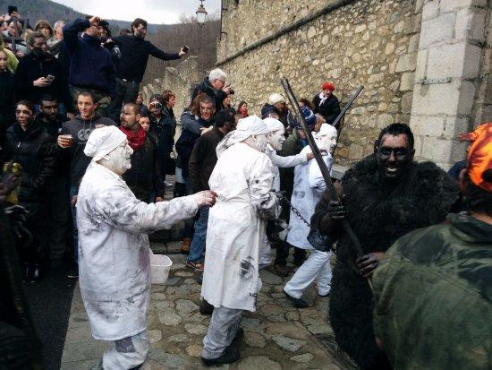 Prats de Mollo la Preste, France : Fiesta del Oso