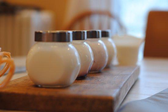 A Night at Rosehurst: Homemade Organic Yogurt