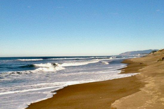 Depoe Bay, Орегон: Sea & Sand beach on a sunny day.
