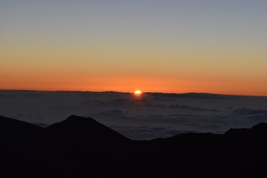 Paia, Havai: Sunrise at the crater