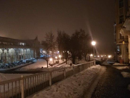 Marianske Lazne, República Checa: Kolonáda v noci