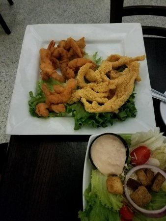 Denham Springs, LA: Fried catfish & shrimp with salad