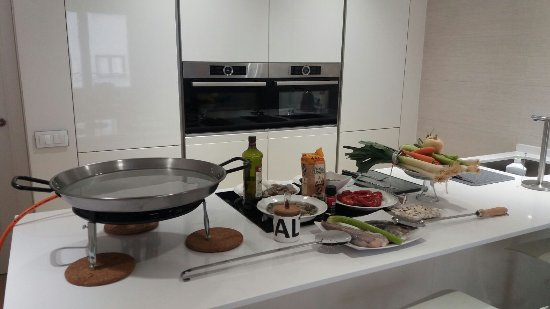 ‪Paella Classes Madrid‬