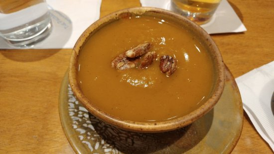 Palisade, CO: Butternut squash soup with candied pecans